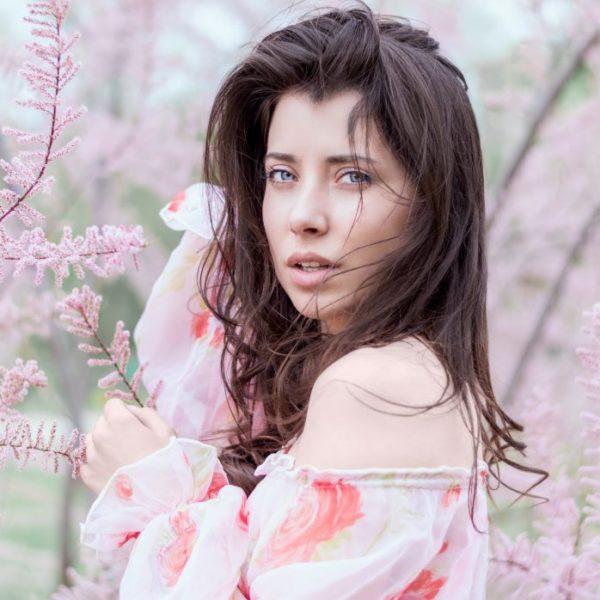 photo-1467742324659-90d71d9a6d17.jpg